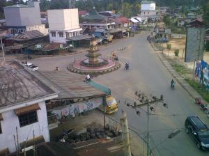 Simpang Tiga Ampah (foto: Irwan Muhammad)